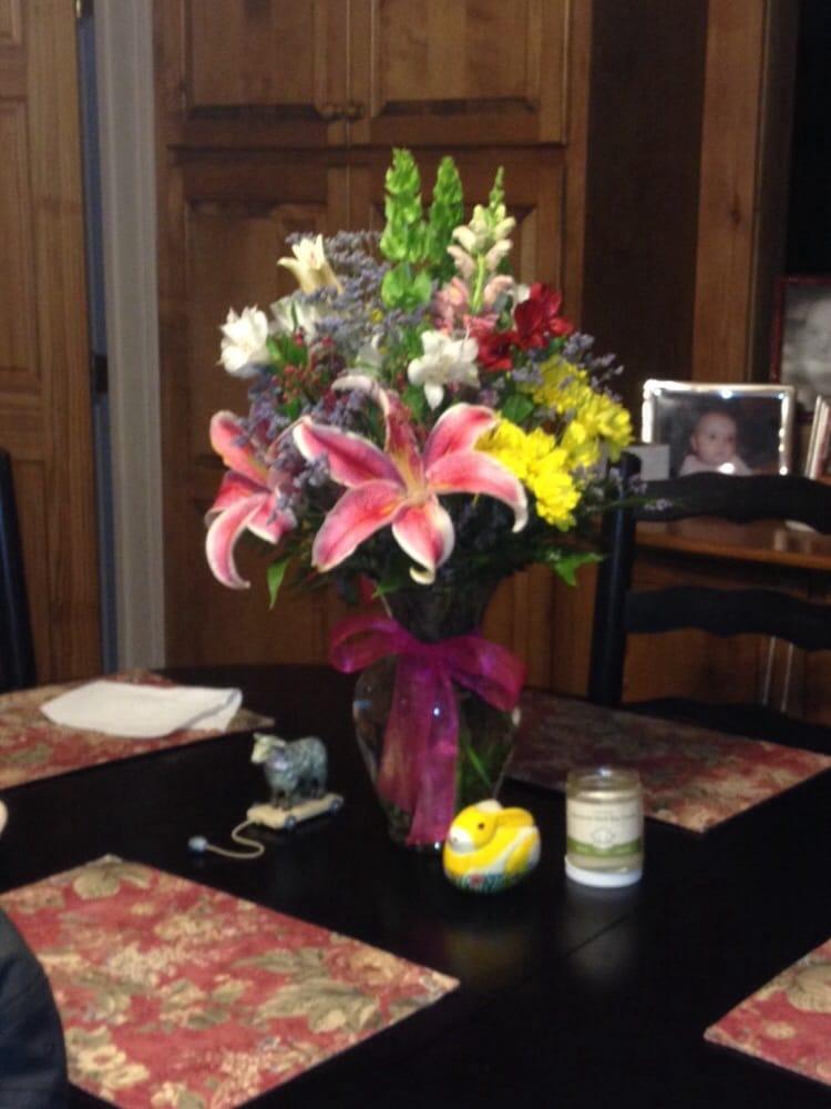 Flower Cottage of Landrum: 142 N Trade Ave, Landrum, SC