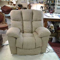 Exceptionnel Photo Of Aker Upholstery   TERRE HAUTE, IN, United States. Recliner After