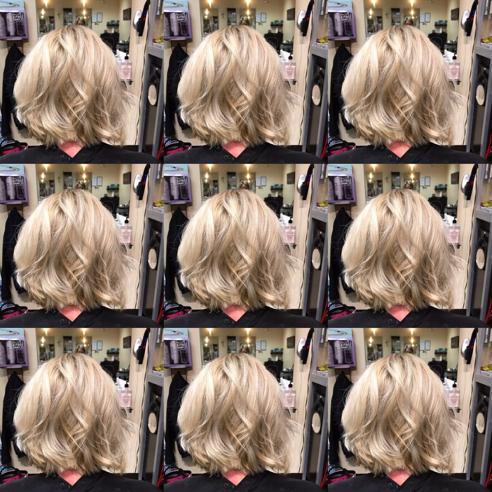 Scissorhead Salon & Spa: 1112 Progress Dr, Medford, OR