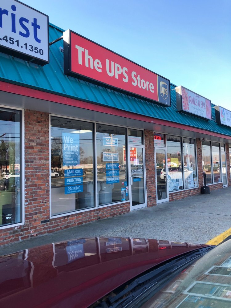 The UPS Store: 1070 Middle Country Rd, Selden, NY