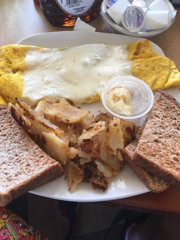 Reges Cafe: 9201 Atlantic Ave, Wildwood Crest, NJ