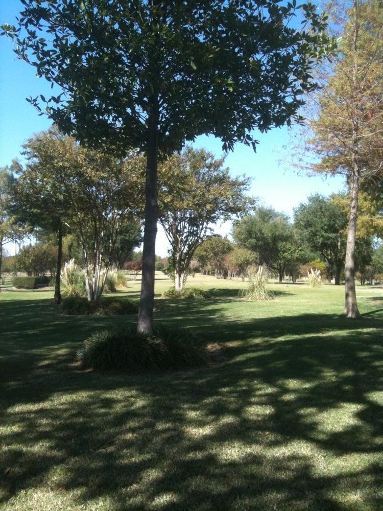 Indian Oaks Golf Course: 17261 C R 4072, Kemp, TX