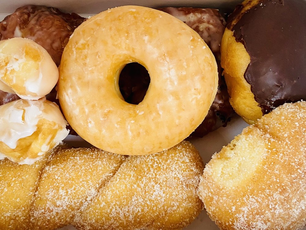 Social Spots from Ray's Donuts