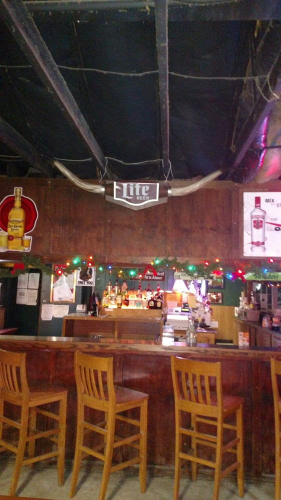 Ditto's Billiard Parlor: 8025 College St, Beaumont, TX