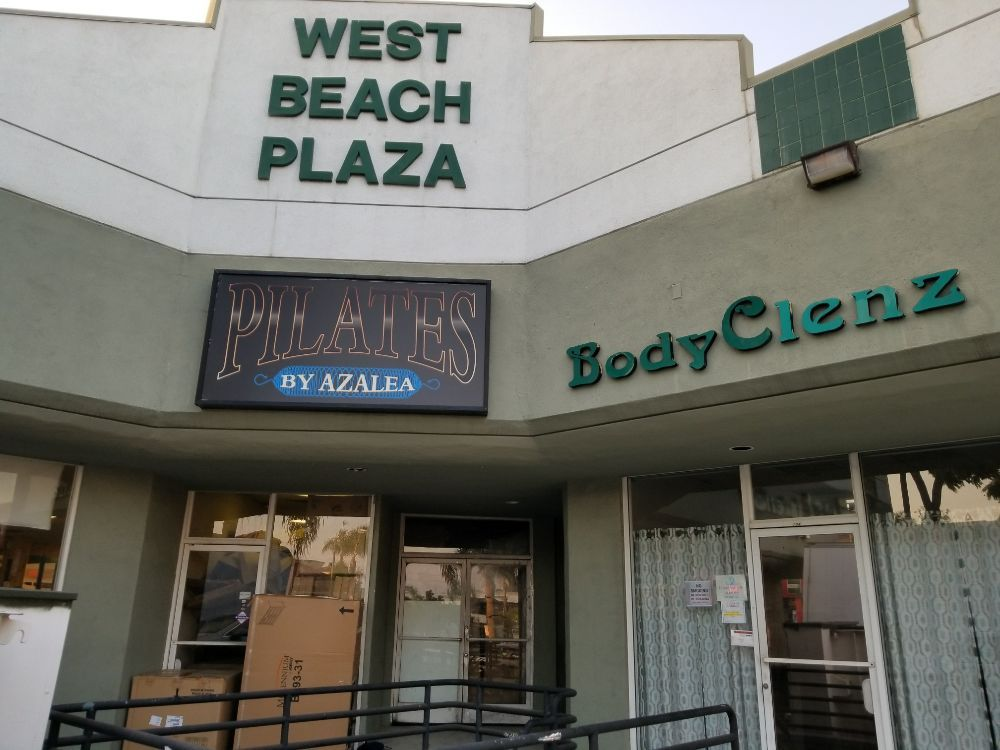 BodyClenz Holistic Health Center: 4727 Artesia Blvd, Lawndale, CA