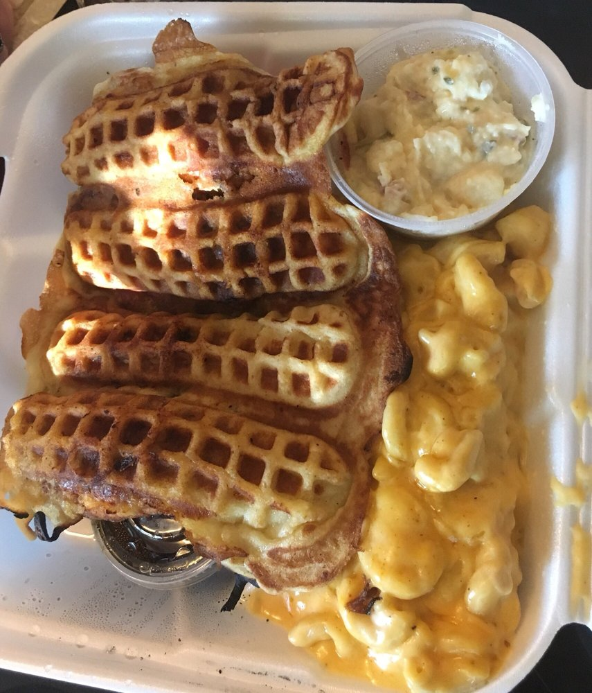 Food from Straight Outta Soulfood