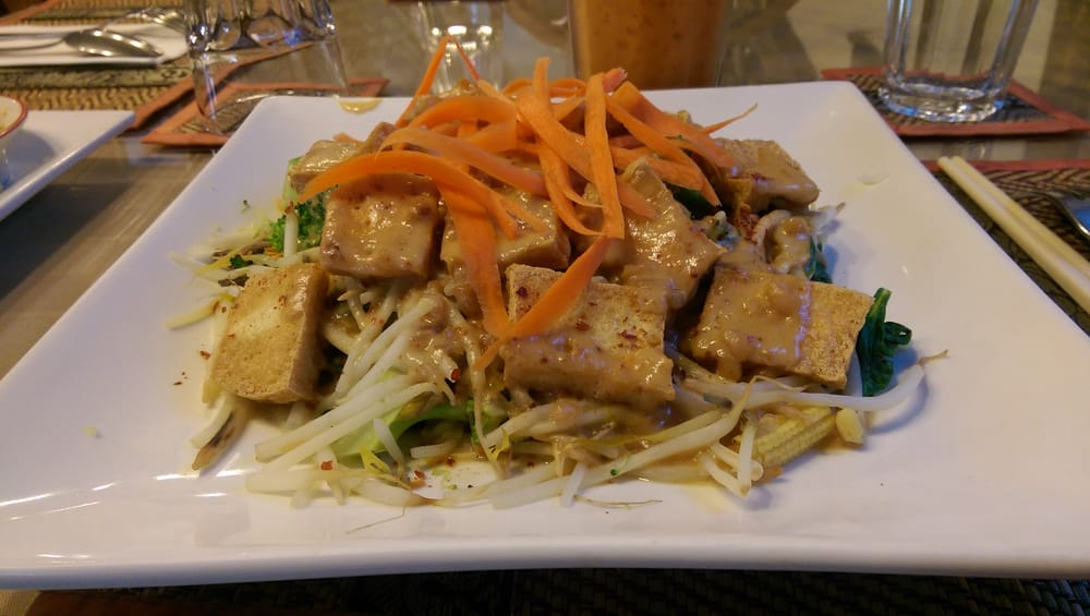 Excellent asian peanut sauce beansprouts tofu idea