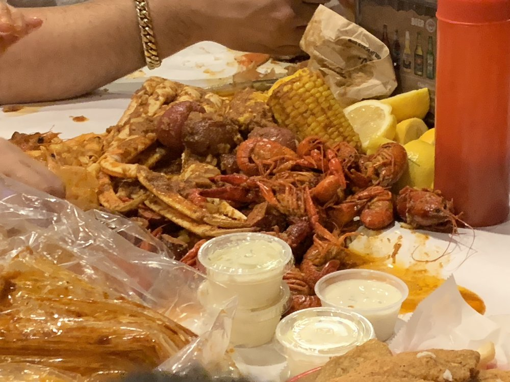The Boiling Crab: 10560 Walnut St, Dallas, TX