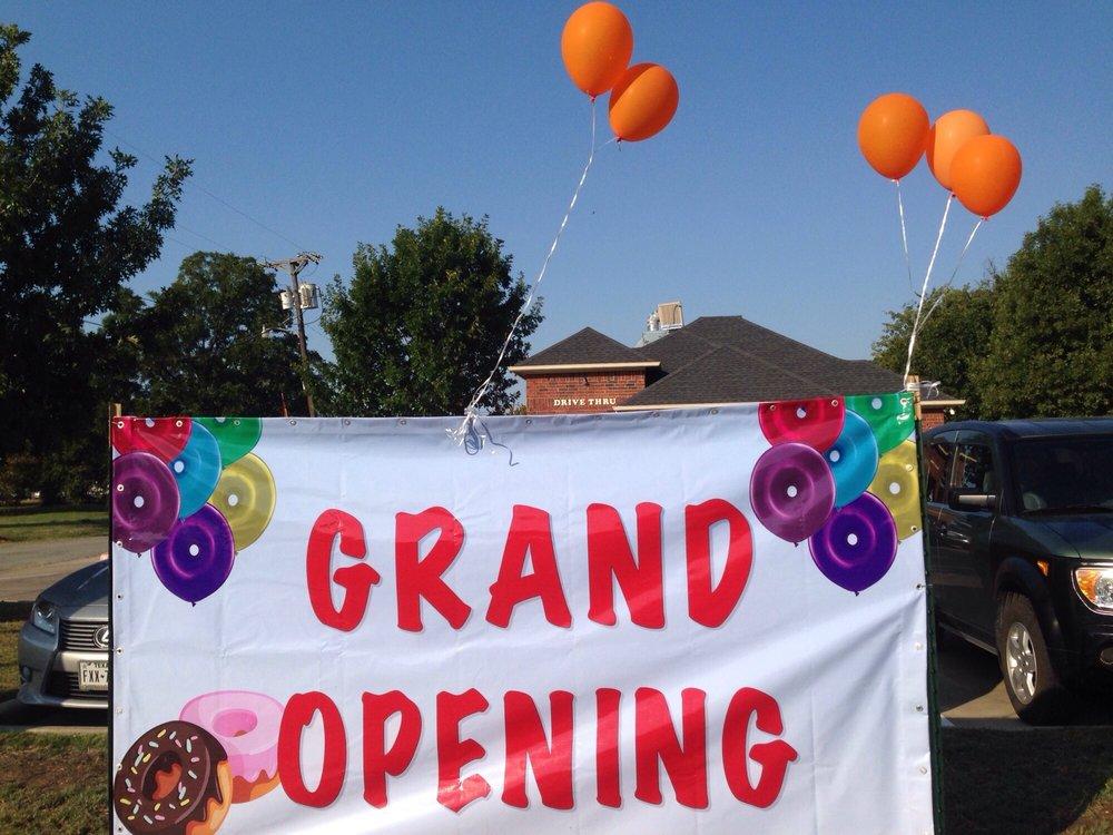 Fresh Donuts: 415 S Clay St, Ennis, TX