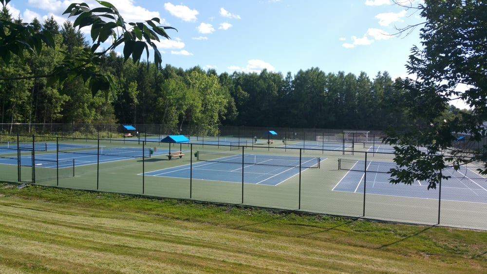 Taconic Sport and Racquet: 190 Old Sylvan Lake Rd, Hopewell Junction, NY