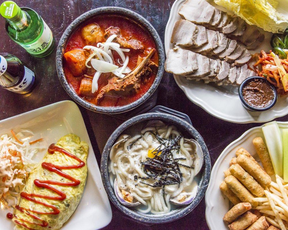 cafe2020 Korean Kitchen + Bar: 4870 Boiling Brook Pkwy, Rockville, MD