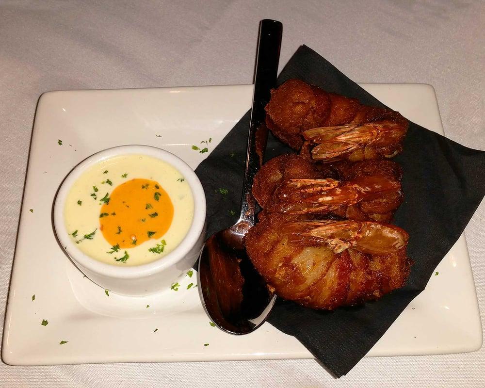 Vizcaya Restaurant & Tapas Bar: 10905 N Dale Mabry Hwy, Tampa, FL
