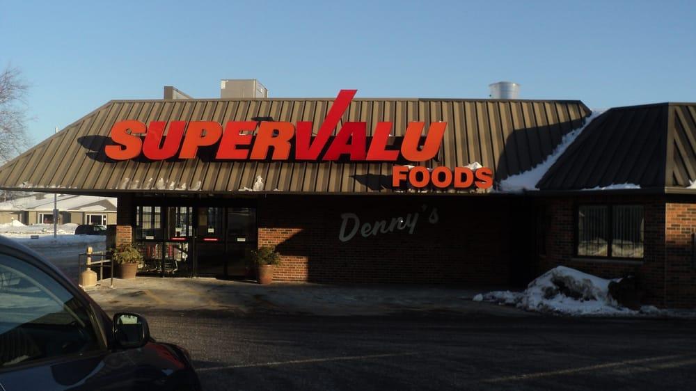 Denny's Super Valu: 510 5th St, Algoma, WI