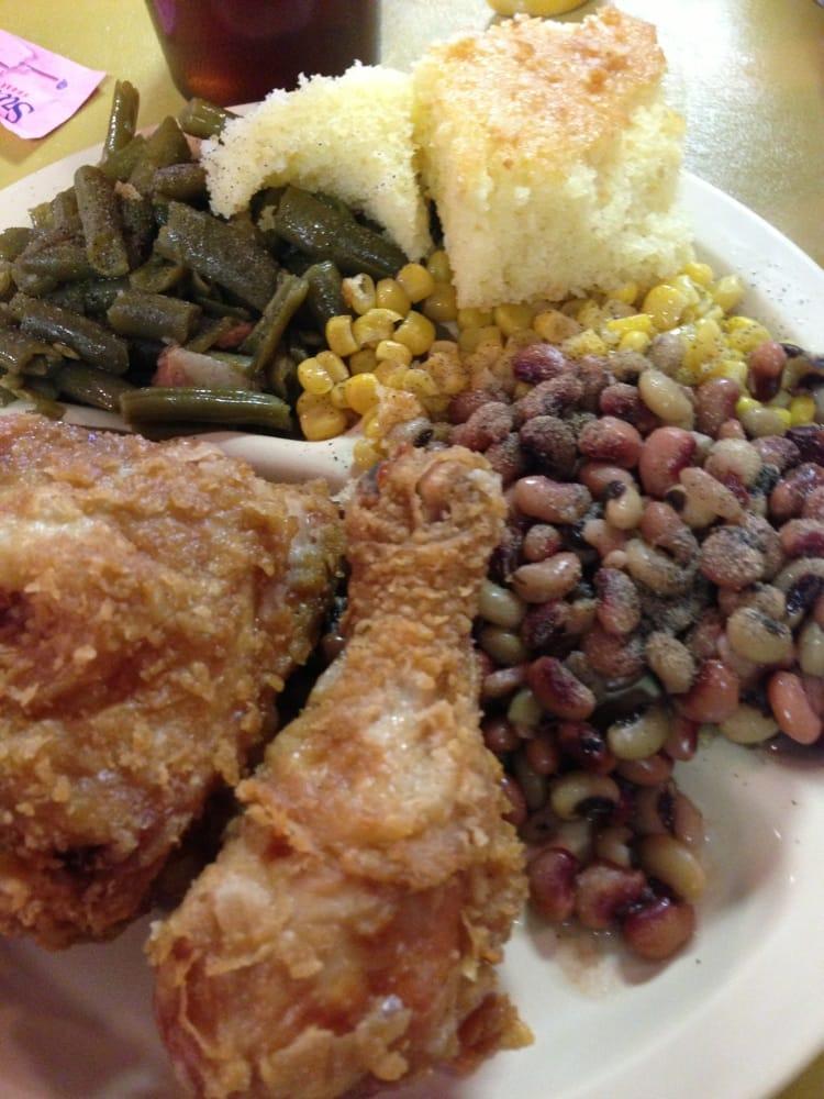 Penn's Fish House Restaurants: Highway 43 S, Sharon, MS
