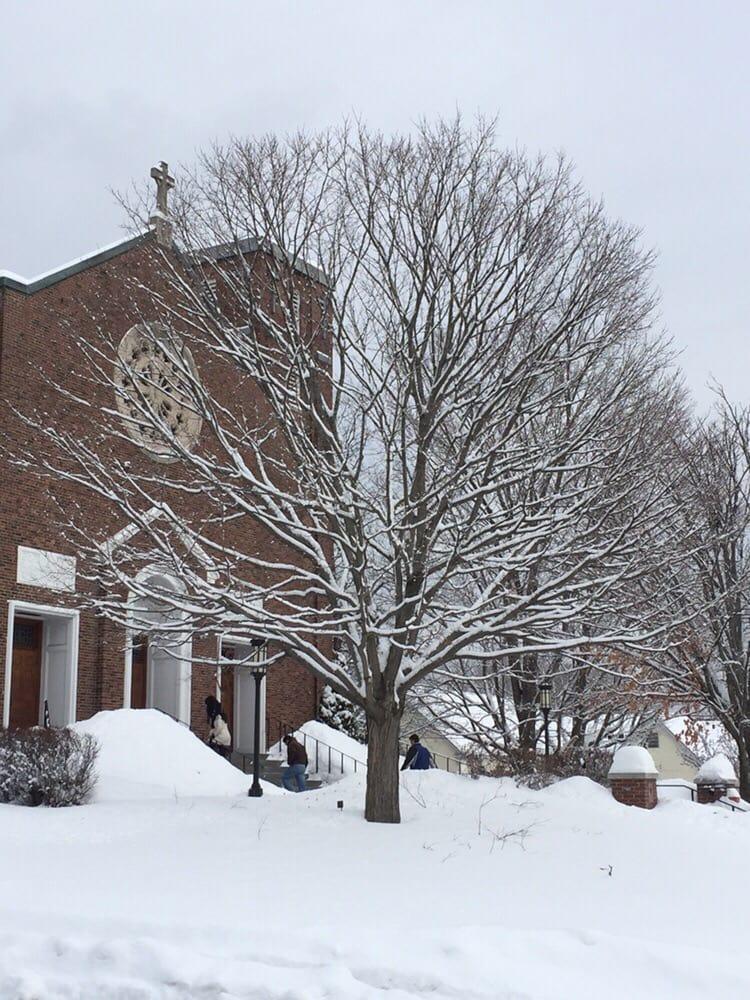 Sacred Heart Church: 2 Hough St, Lebanon, NH