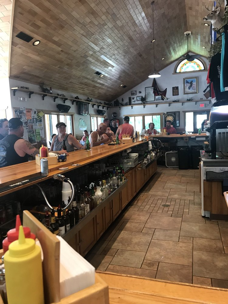 Damn Yankees Watering Hole: N3517 County Rd M, Hortonville, WI
