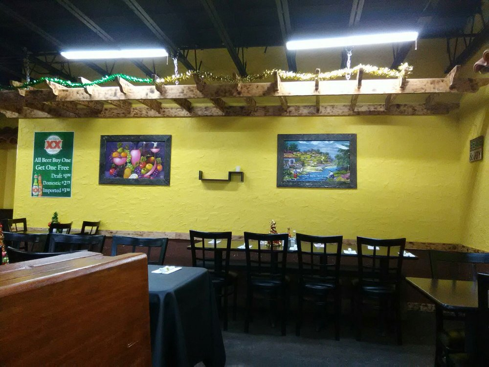 Santa Fe Mexican Grill: 100 W Front St, Iuka, MS
