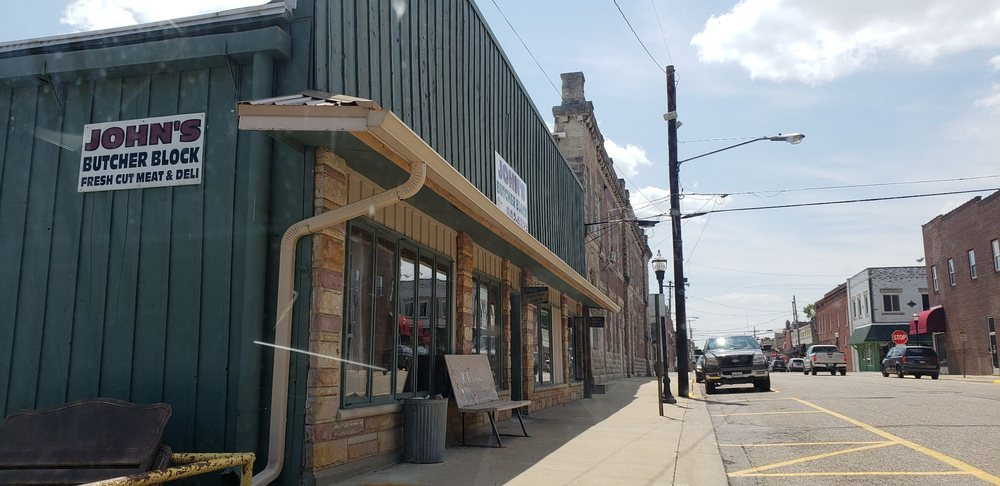 John's Butcher Block: 108 NE 2nd St, Fairfield, IL