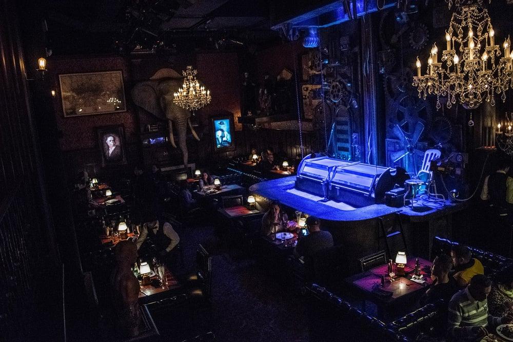 Foto de Jekyll & Hyde - New York, NY, Estados Unidos