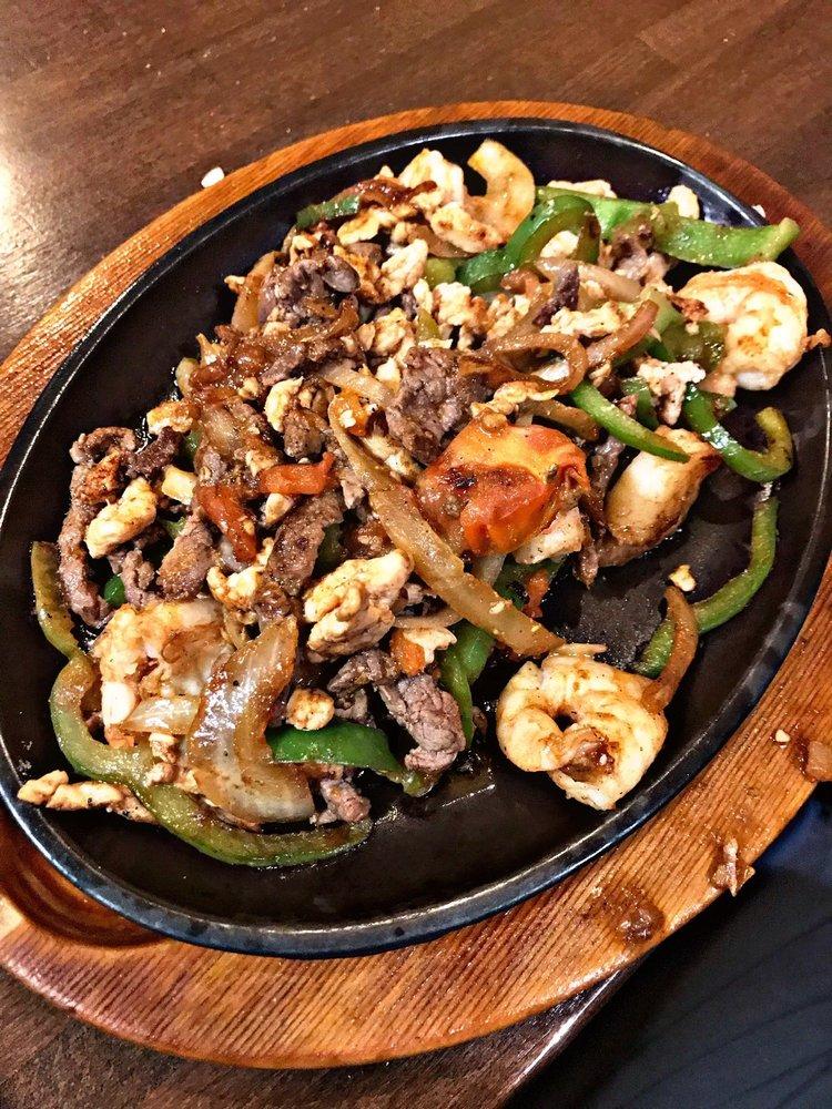 El Caporal Mexican Restaurant: 323 US-54, Camdenton, MO