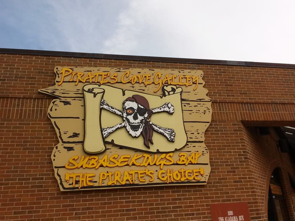 Pirate's Cove: 1209 Uss Tennessee Ave, St. Marys, GA