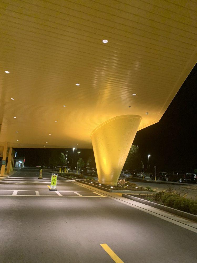 Yellow Brick Road: 800 W Genesee St, Chittenango, NY