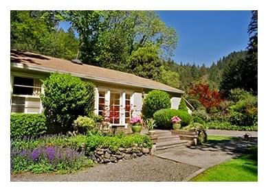 Kenwood Cottage: Adobe Canyon Rd, Kenwood, CA