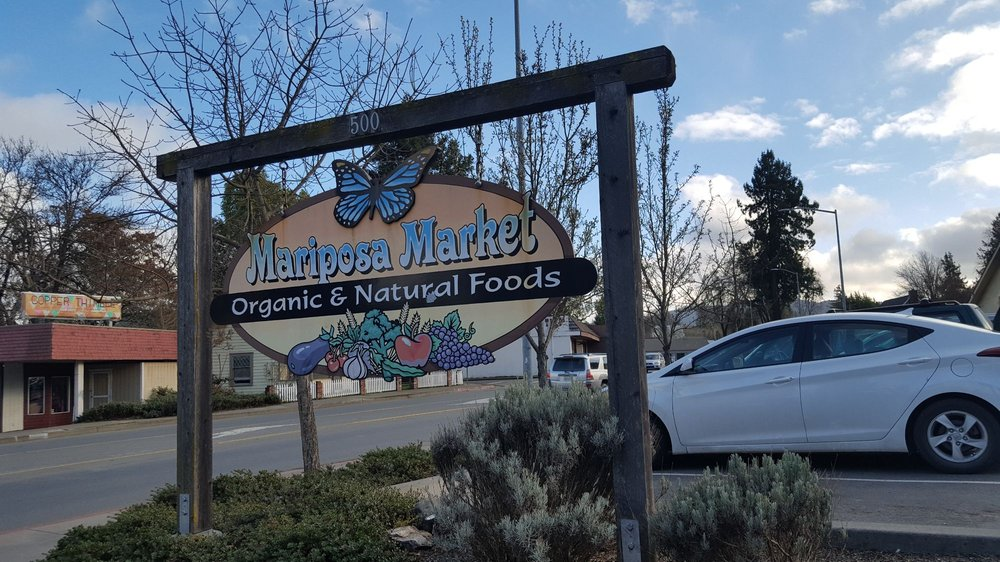 Mariposa Market: 500 S Main St, Willits, CA