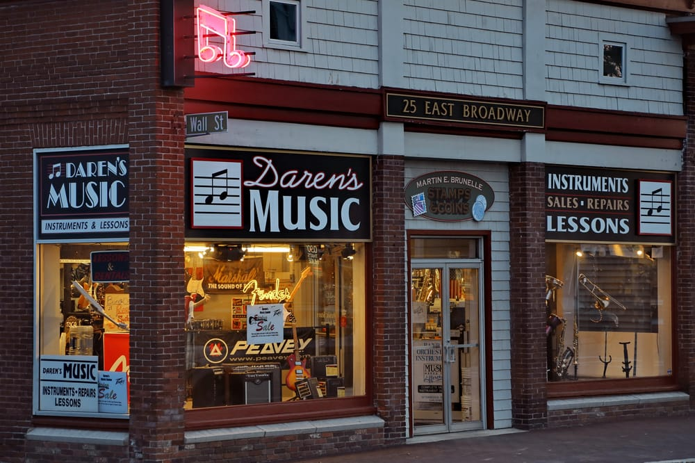 Daren's Music Center: 25 E Broadway, Derry, NH
