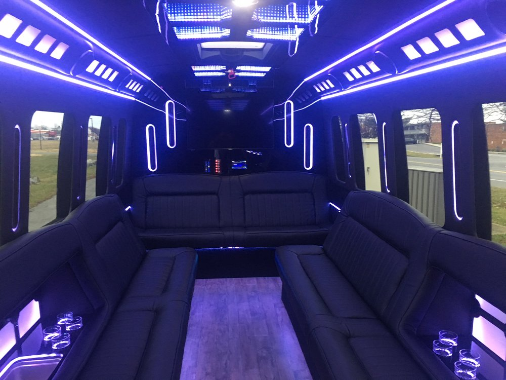 A Touch of Class Limousines: 7311 Grove Rd, Frederick, MD