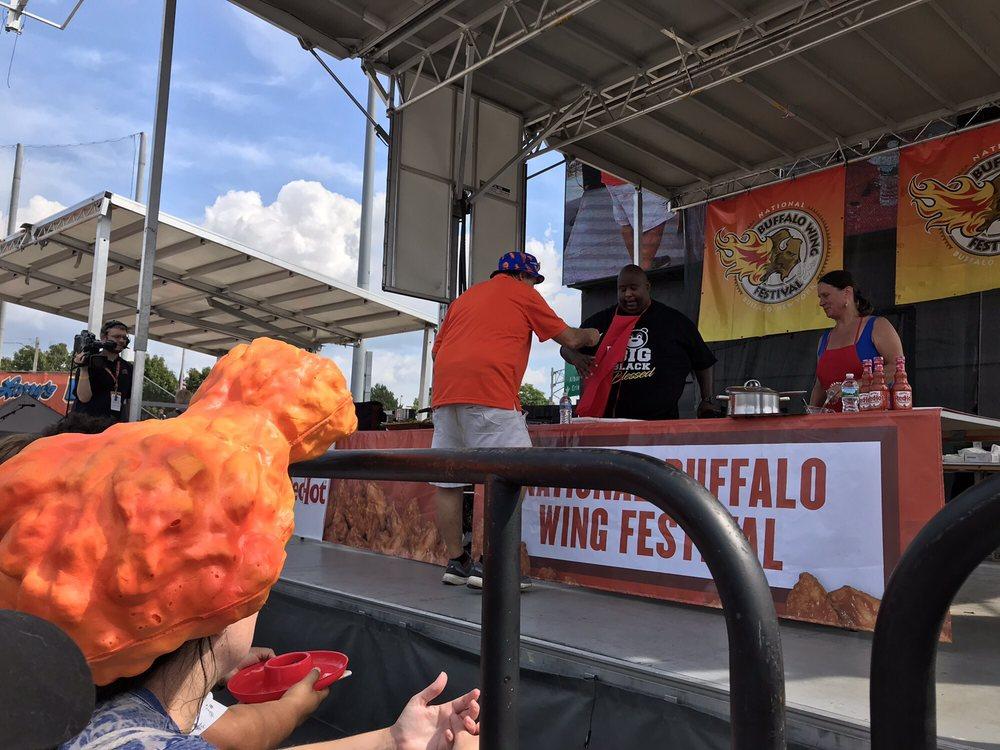 Buffalo Chicken Wing Festival 190 Photos 66 Reviews Festivals