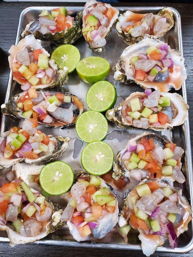 Food from La Cruda Mariscos