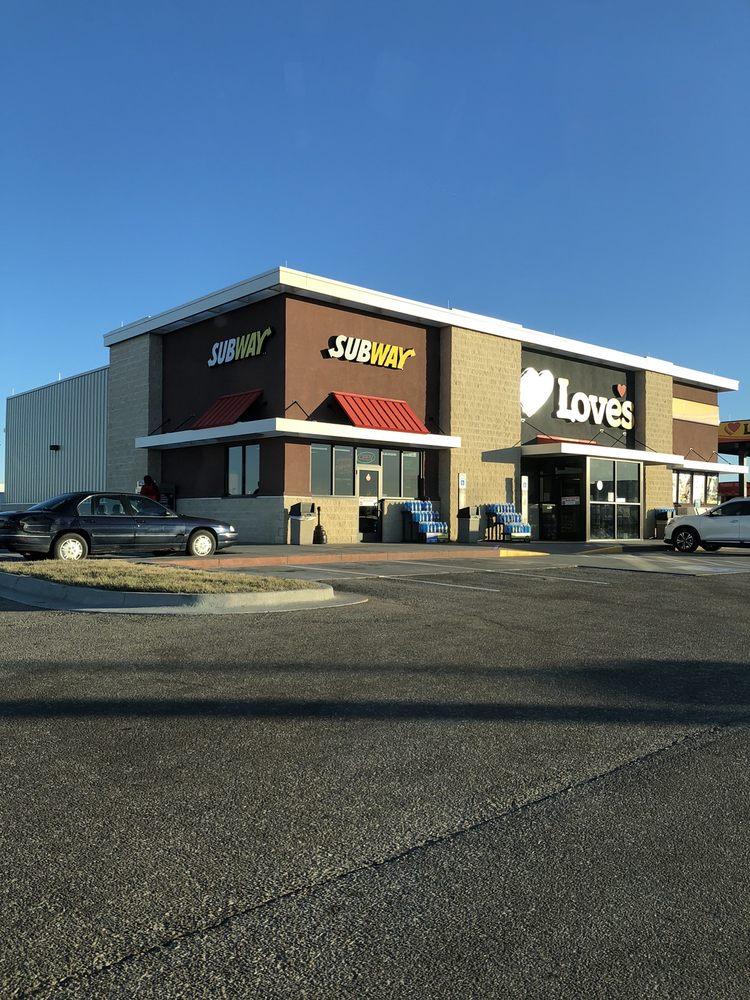 Love's Travel Stop: 1356 US Highway 81, Belleville, KS
