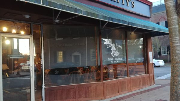 Captain Ratty S Seafood Restaurant 202 Middle St New Bern