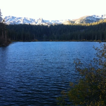 Photo of Twin Lakes - Mammoth Lakes, CA, United States. Campsites amongst  the