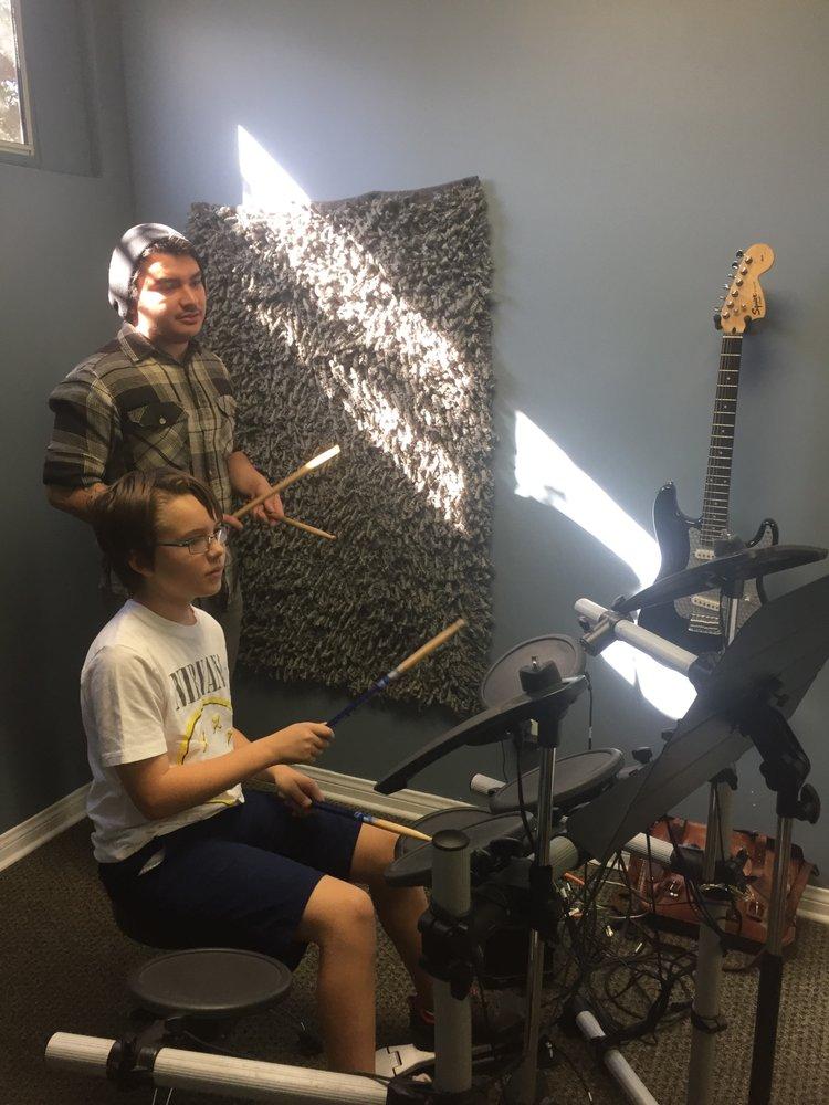 Foothills Music Academy: 3210 Honolulu Ave, La Crescenta, CA