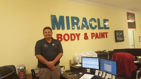 Miracle Body And Paint >> Miracle Body Paint 6217 Grissom Rd San Antonio Tx Auto Body Shops