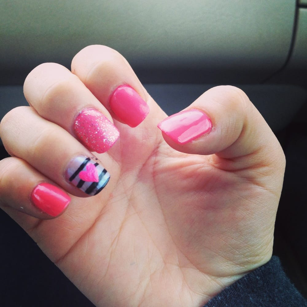 Lakeland Nail Salon Gift Cards - Tennessee | Giftly