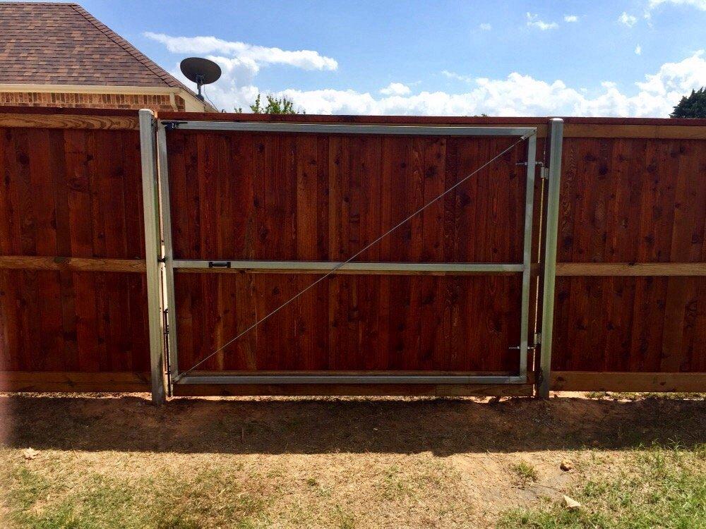 Xtreme Fencing: 211 Stella St, Burleson, TX