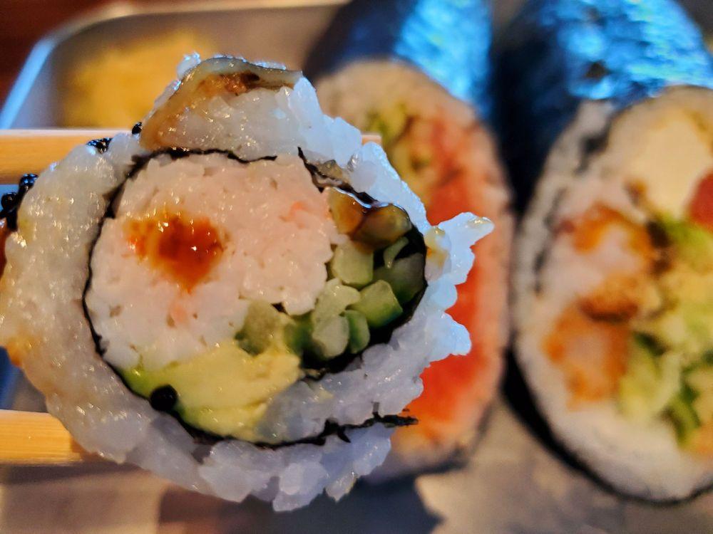 Sushi Freak: 6450 N Desert Blvd, El Paso, TX