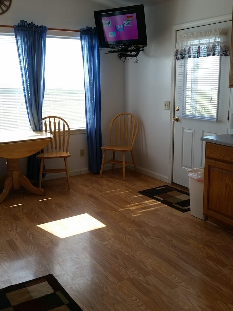 Rogue Pacific Motel | 29450 Ellensburg Ave, Gold Beach, OR, 97444 | +1 (541) 247-7444