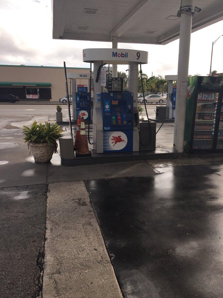 Mobil: 5701 Bird Rd, Miami, FL