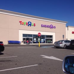 Toys R Us Closed 17 Photos 11 Reviews Toy Stores 1701