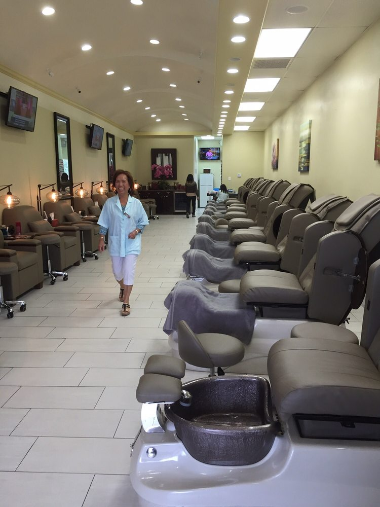 Capri Nail Salon at 9 am (yay they\'re open!) - Yelp