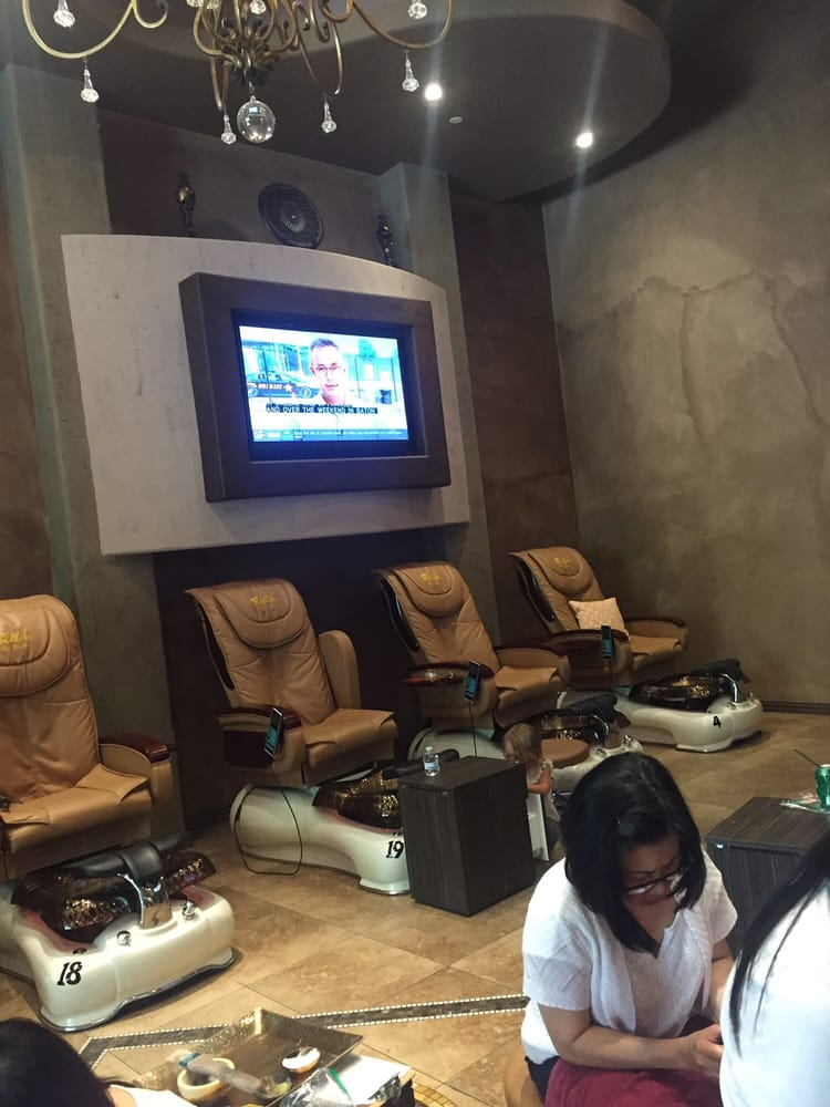 Over  Nails And Spa Austin