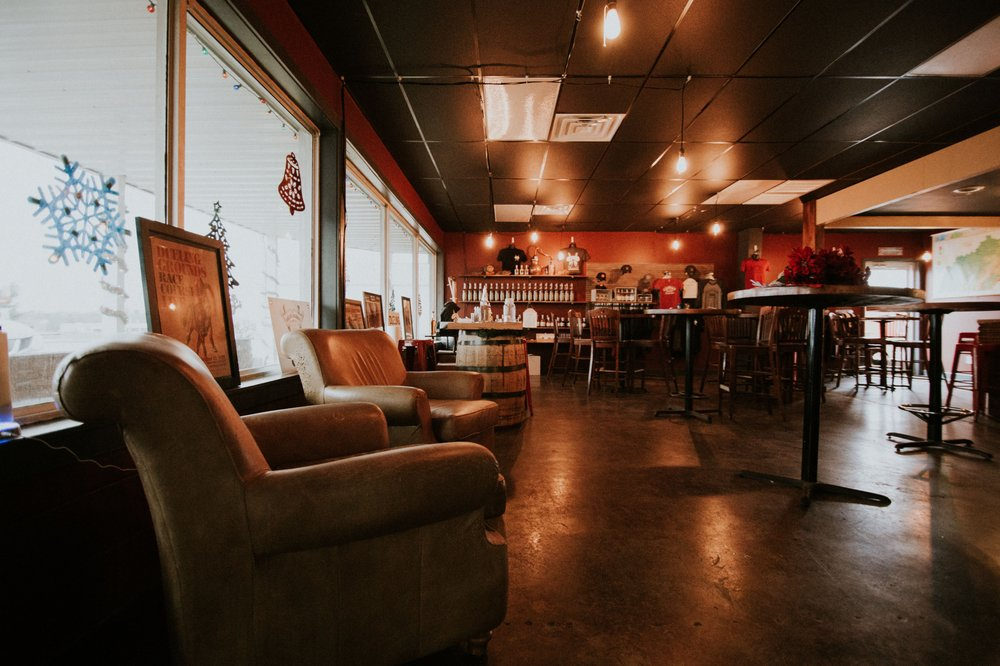 Dueling Grounds Distillery: 208 Harding Rd, Franklin, KY