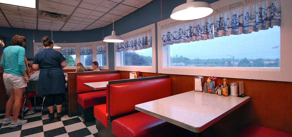 athens diner 55 photos 47 reviews diners 46. Black Bedroom Furniture Sets. Home Design Ideas