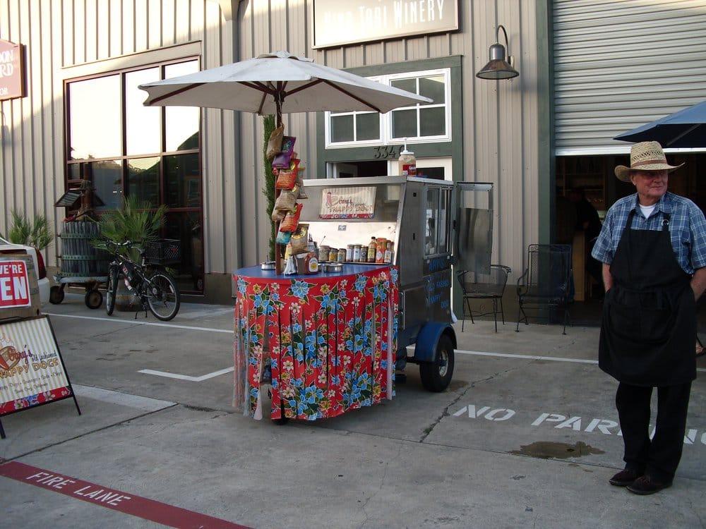 Gary's Old Fashioned Snappy Dogs: Sones Cellars 334 B Ingalls St, Santa Cruz, CA