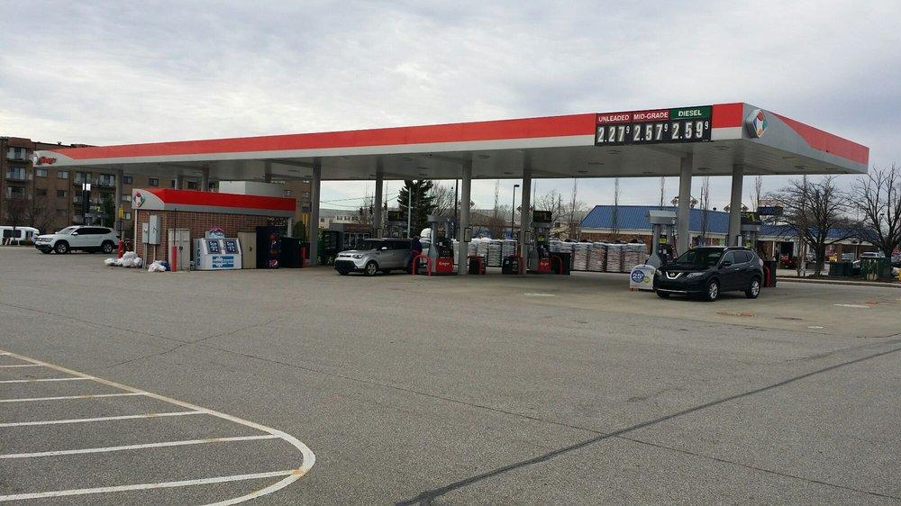 Kroger fuel: 3065 Breckenridge Ln, Louisville, KY