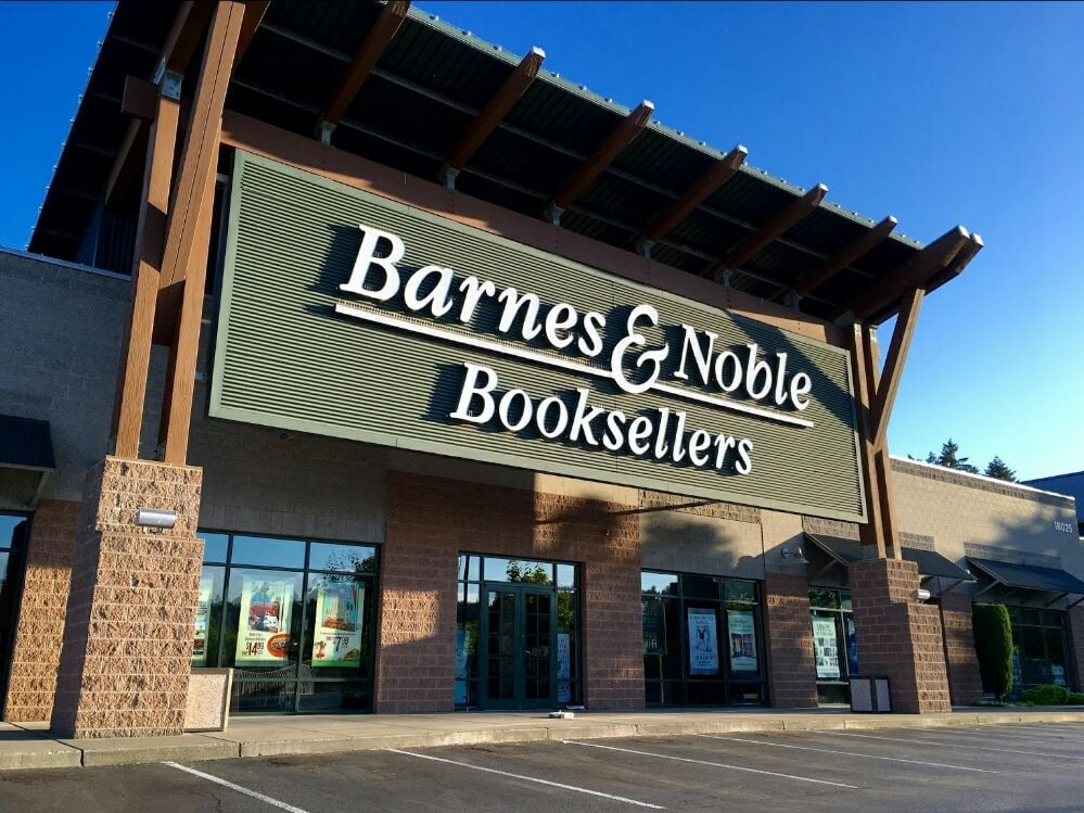 Barnes Noble 35 Photos 26 Reviews Book Shops 18025 Garden Way Ne Woodinville Wa